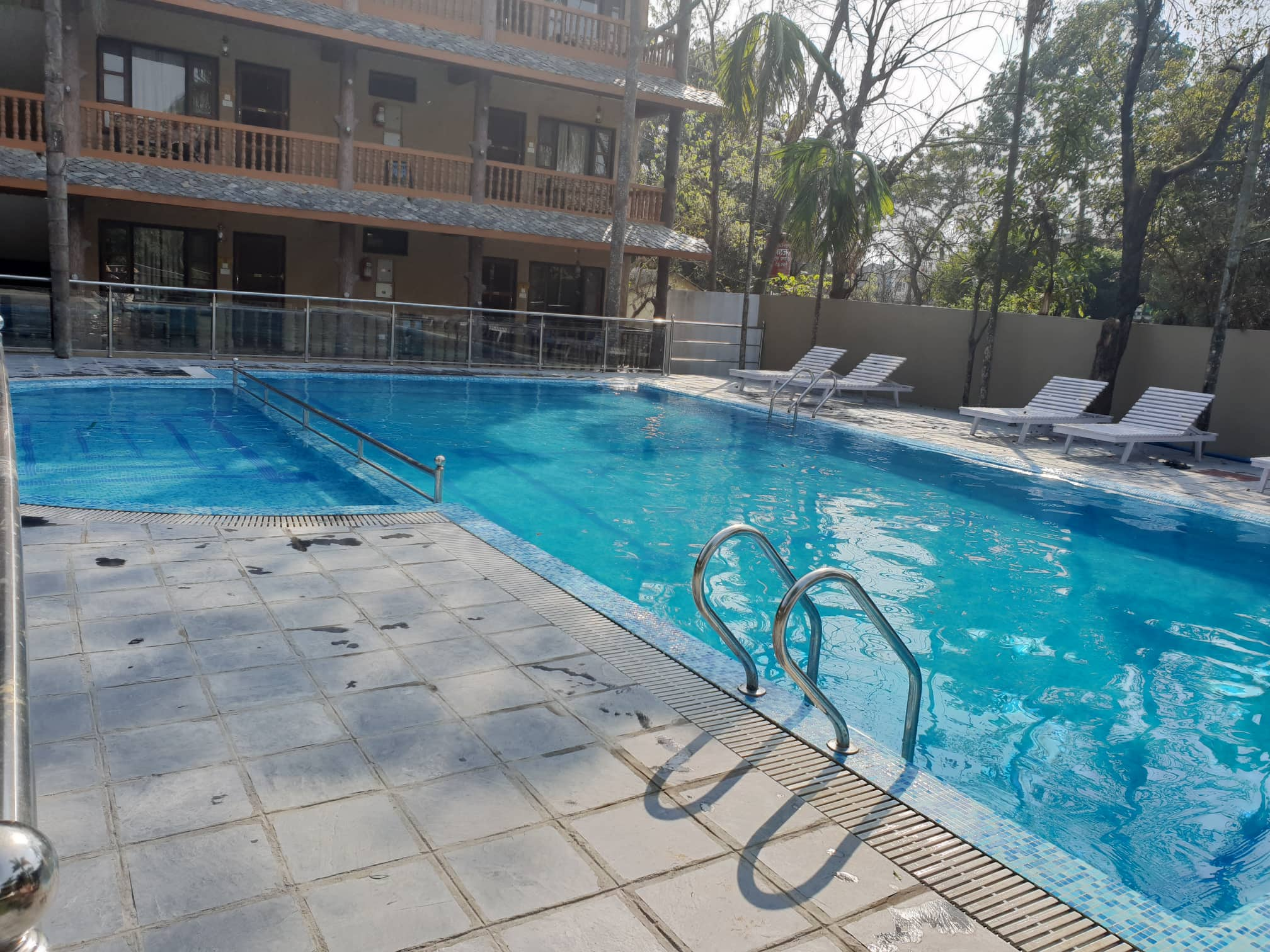 Jungle Safari Lodge Is One Of The Old Property In Sauraha Chitwan And Has Been Updated To Compete Cur Market Also Offers 1
